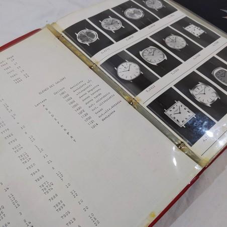 Lotto di un catalogho e di un libro VACHERON COSTANTIN orologi e gioielli