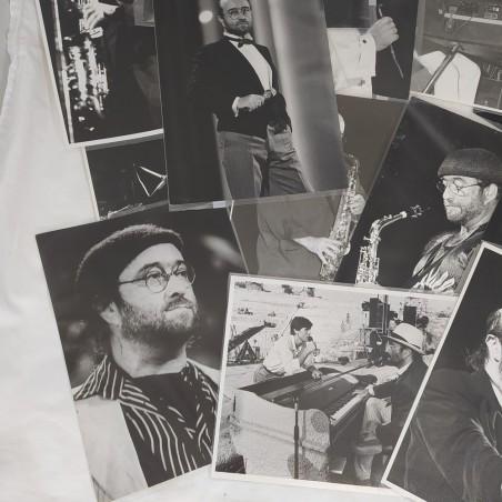 LUCIO DALLA lotto di 15 fotografie di agenzia in bianco e nero formato 17x24