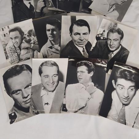 Lotto di 13 cartoline con foto di attori anni 60
